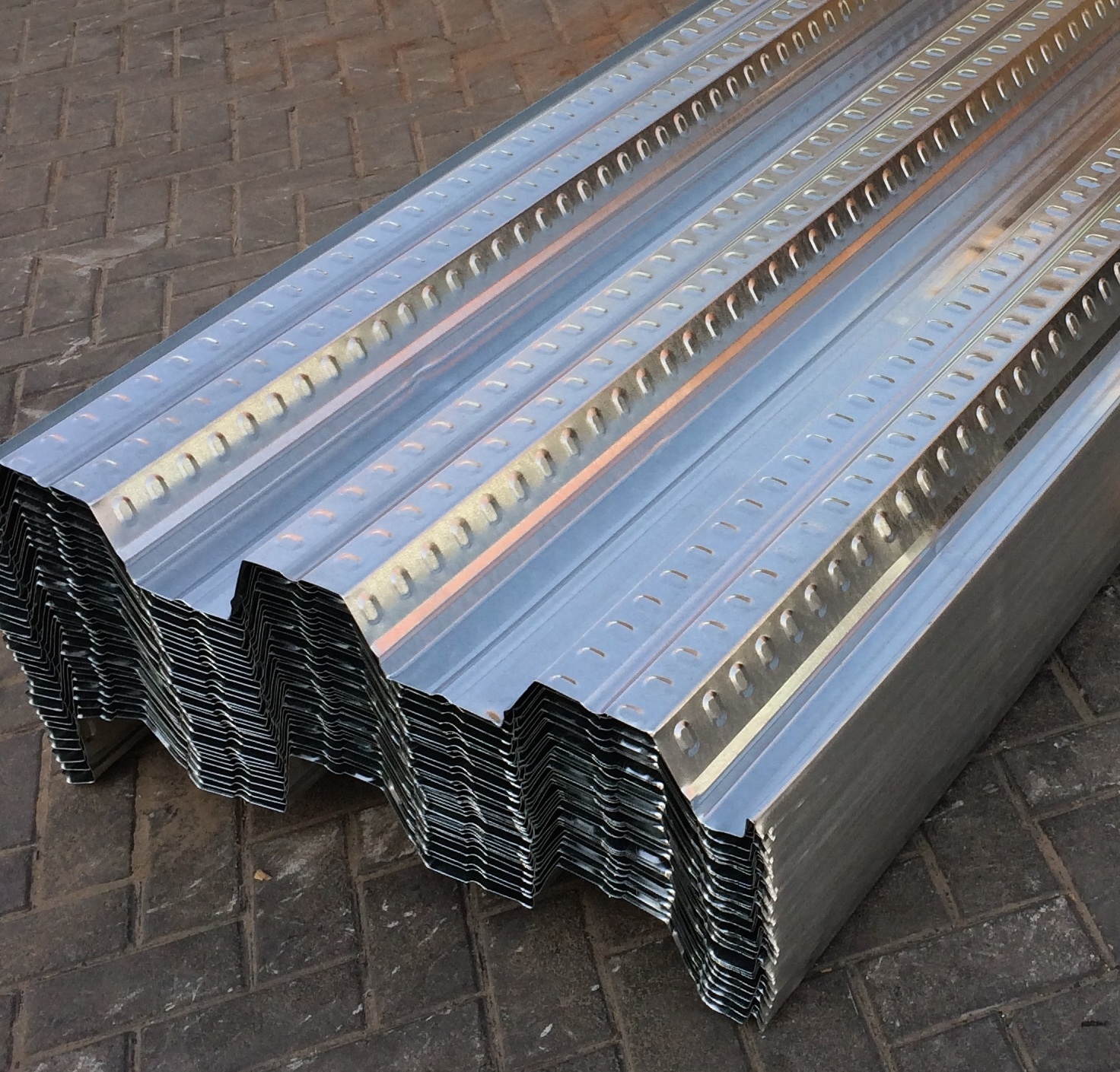 Floor Decking Sheets | Dana Steel UAE - Adding Value to