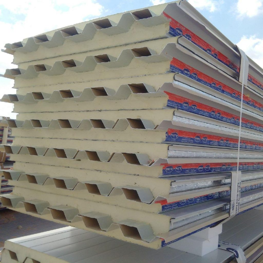 roof corrugated sandwich panel supplier uae